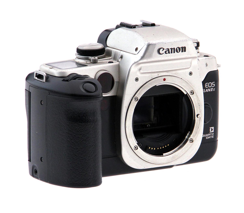 EOS Elan IIE 35mm SLR Camera Kit w/Sigma 28-80mm Lens Used