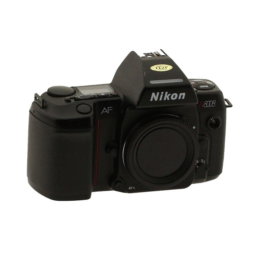 USED NIKON N8008 35MM FILM CAMERA BODY