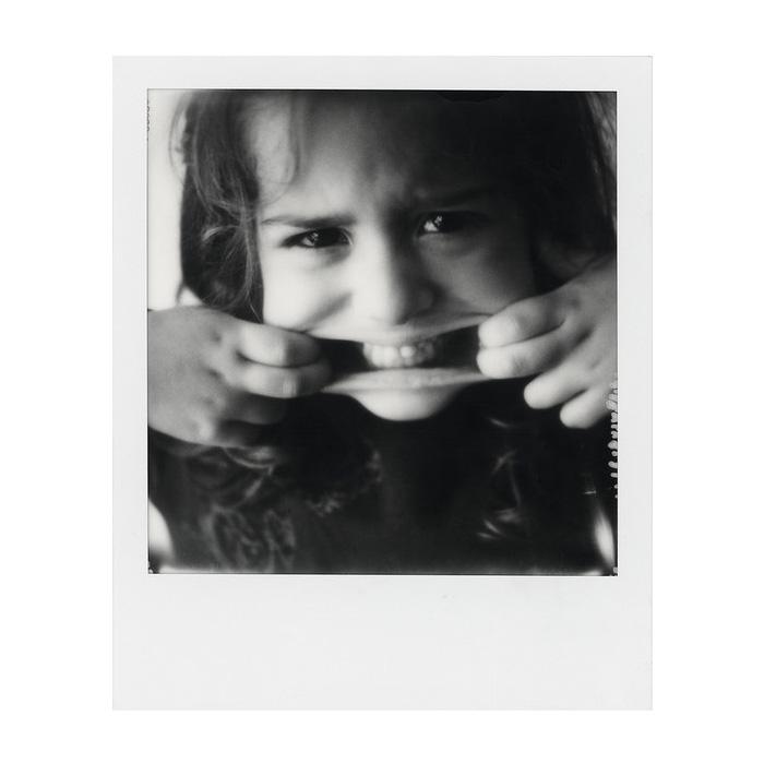 BW Instant Film for SX-70 White Frame  8 Exposures