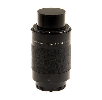 TC-300 2X Manual Lens Teleconverter (Used)