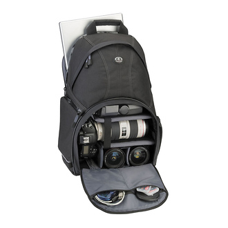 Tamrac | 3385 Aero Speed Pack 85 Dual Access Photo Backpack (Black) | 338501