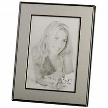 Engravable Picture Frame 5 x 7 - Silver Image 0
