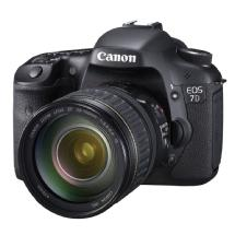 Canon EOS 7D Digital SLR Camera with 28-135mm f/3.5-5.6 IS USM Lens