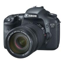 Canon EOS 7D Digital SLR Camera with 18-135mm f/3.5-5.6 IS Lens