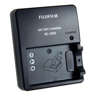 BC-65N Battery Charger for the NP-95 Rechargeable Battery Image 0