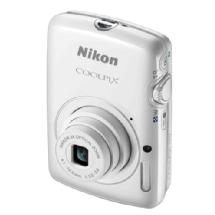 Nikon Coolpix S01 Digital Camera (White)
