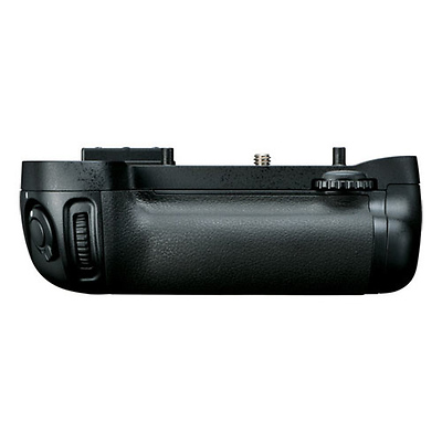 MB-D15 Multi Power Battery Pack for D7100 Image 0