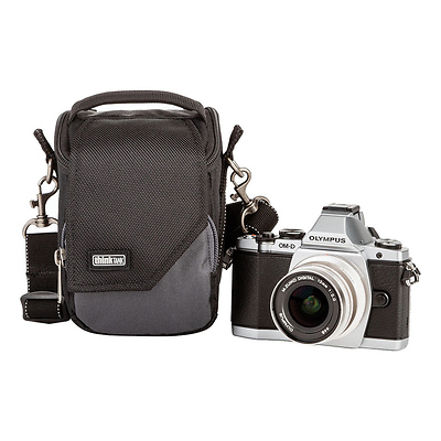 Mirrorless Mover 5 Camera Bag (Black/Charcoal) Image 0