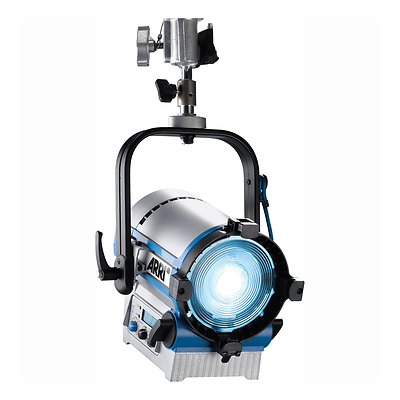 L5-C 5 In. LED Fresnel Stand Mount (Silver/Blue) Image 0