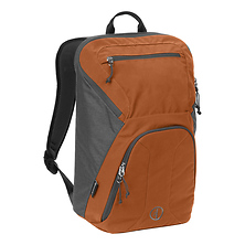 HooDoo 20 Backpack (Pumpkin) Image 0