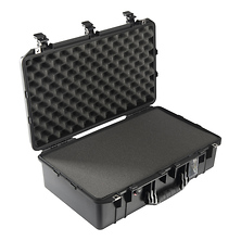 1555Air Carry-On Case (Black, with Pick-N-Pluck Foam) Image 0