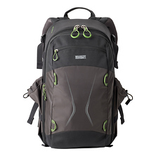 TrailScape 18L Backpack (Charcoal) Image 0