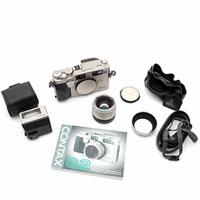 G2 Camera with G2 with 45mm f/2.0 Planar T* Lens and TLA200 Flash - Used Image 0